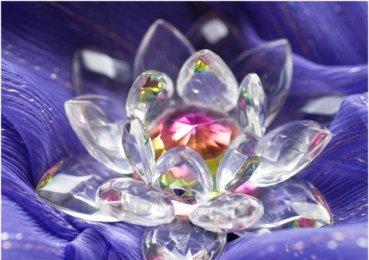 Feng Shui Amuletos de la Suerte: una flor de loto de cristal