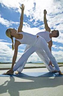 Парная йога – стимул для двоих